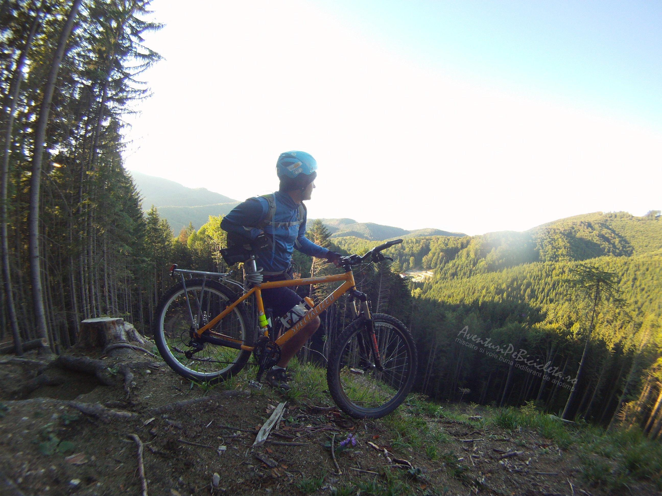 Aventuri pe bicicleta – Tura MARE – Traseul spre Pestera de Gheata