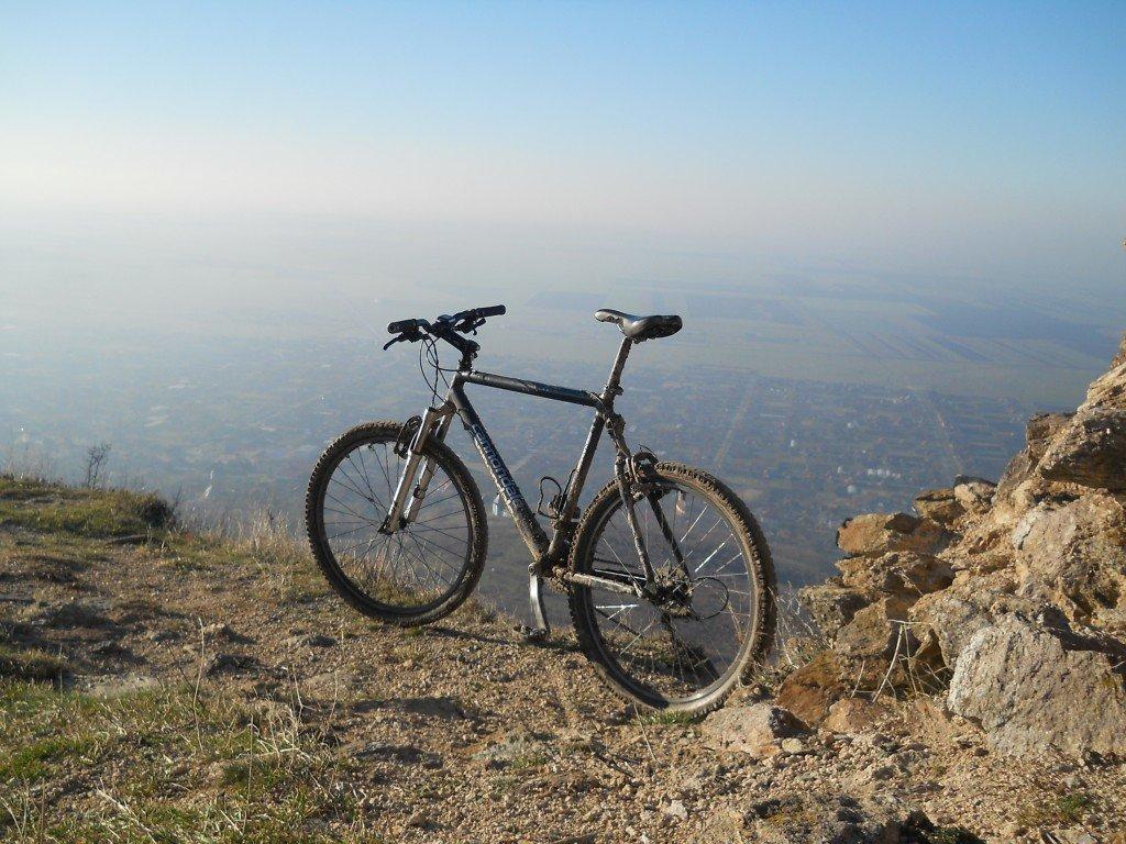"""Bicicleta """"Aventuri pe bicicleta"""" la sfarsit de inceputul lui 2013"""