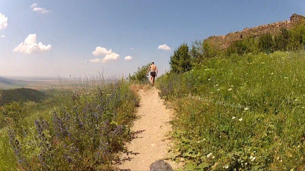 Aventuri pe bicicleta Traseul Cetatea Siria - Lac Ghioroc (via Coborarea Pericoool