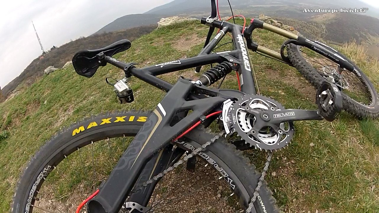Aventuri pe bicicleta Coborari de la cetate - Downhill Arad - Siria, Romania
