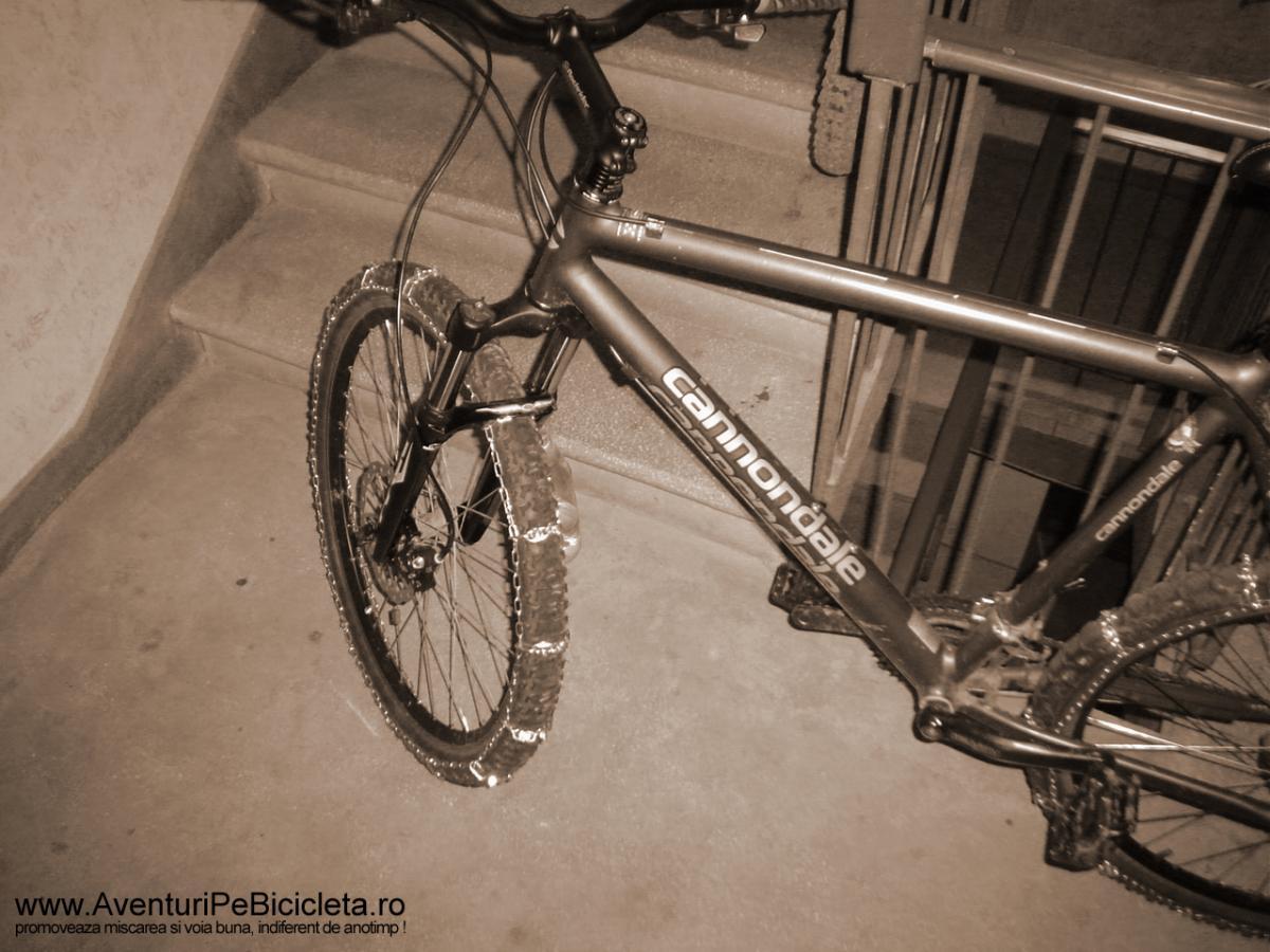 Lanturi pentru bicicleta varianta cu suruburi